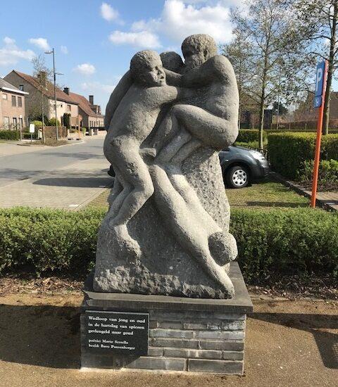 Bavo Pausenberger | ☎ 0496/51 90 18 ✅Grafzerk in natuursteen in regio Lievegem: urnemonumenten, gedenkplaten